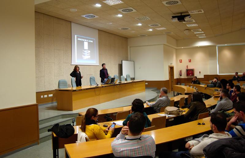 Pilar Bosch y Diego González empiezan la presentación en UJI